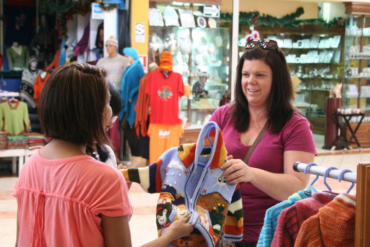 Deb, Rosanna and our guides shopping in Peru.